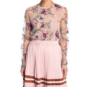 Tops - NWT ENDLESS ROSE EMBROIDERED TOP  W CAMI